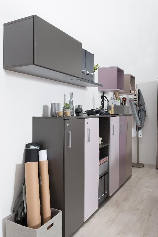 <b>REA OFFICE - graphite</b><br>dvierka graphite, cappucino, rose, plum